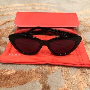 Black zara cat eye sunglasses